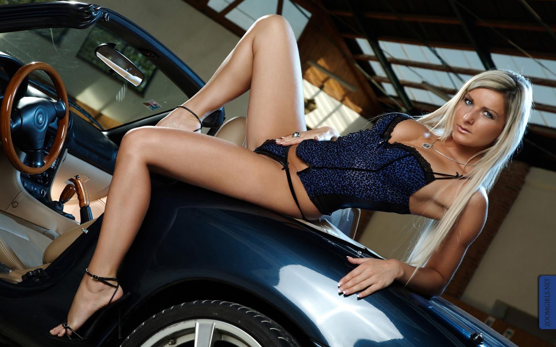 Hot sexy italian girls nude
